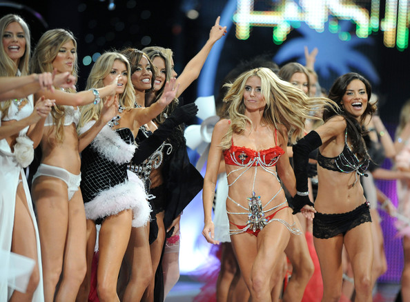 Fashion - Models Designers and Shows