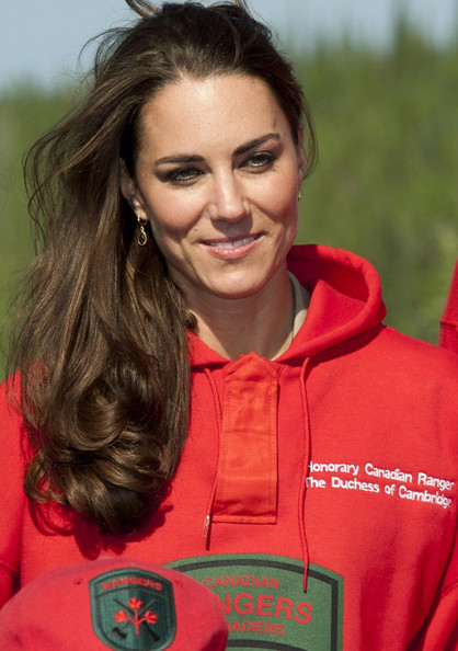 Prince William and Kate Middleton at a Canadian Rangers Station - 4 of 30