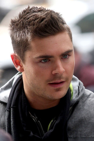 Zac Efron Short Hair New Years Eve The gallery for -->...