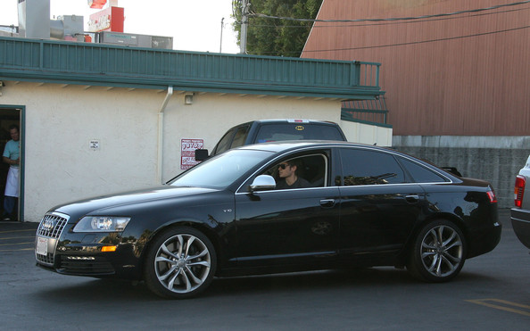 Zac Efron and his Audi - Hollywood Cars - Zimbio