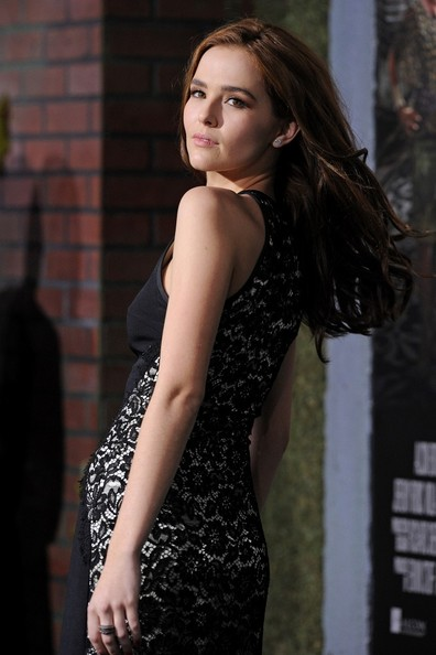 Zoey Deutch Pictures - 'Beautiful Creatures' World ... Zoey Deutch Beautiful Creatures Premiere