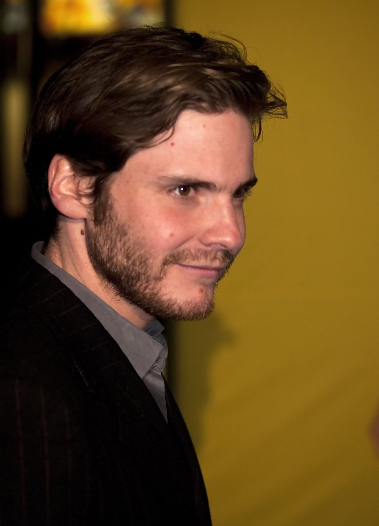 "Daniel Bruhl Photos Photos - ""13 Semester"" Germany ..."
