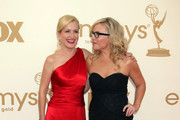 Angela Kinsey Rachael Harris Photos Photo