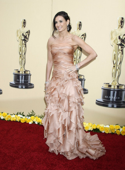Celebrities arrive at the 82nd Annual Academy Awards at the Kodak Theatre in Hollywood, CA.