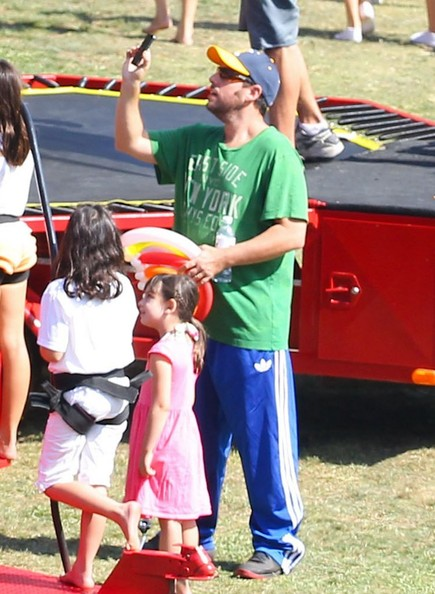 Adam Sandler Takes His Girls to a Corn Festival - Pictures ...