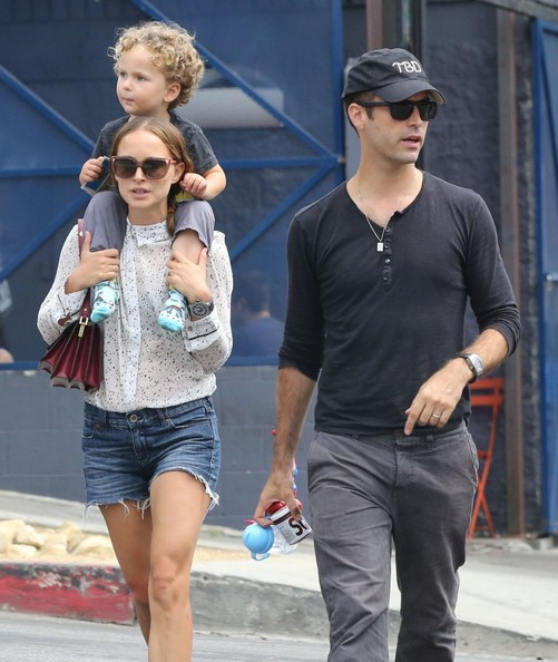Family photo of the actress, married to Benjamin Millepied,  famous for The Professional & Star Wars.