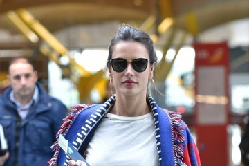 Alessandra Ambrosio Alessandra Ambrosio Catches a Flight Out of Madrid