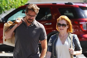Alexis Denisof Alyson Hannigan & Alexis Denisof Shopping In Brentwood