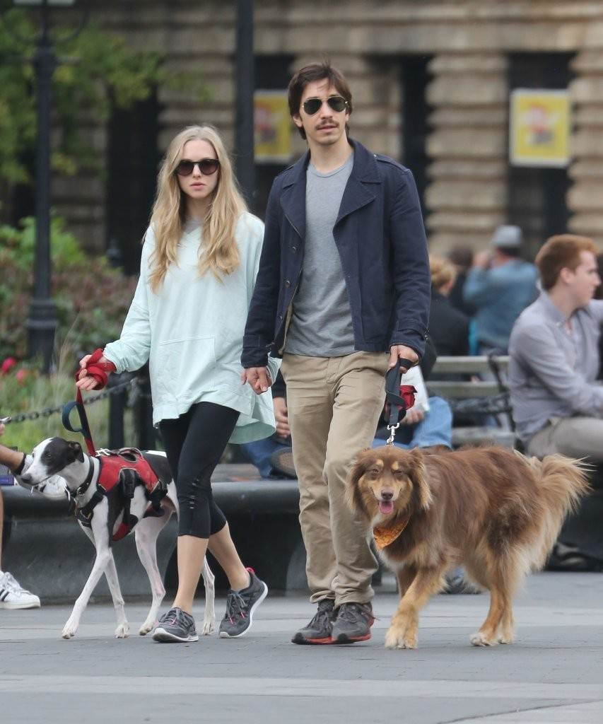 AMANDA SEYFRIED and Justin Long Night Out in Hollywood ...  |Amanda Seyfried And Justin Long