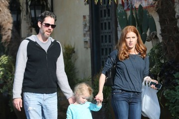 Amy Adams Amy Adams Gets Lunch with Her Family