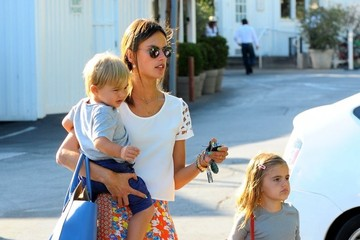 Anja Ambrosio Mazur Alessandra Ambrosio Out with Her Kids