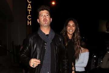 April Love Geary Robin Thicke Celebrates His 40th Birthday at Catch
