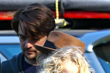 Vincent Piazza Bronx Wentz Ashlee Simpson Takes A Hike With Vincent Piazza