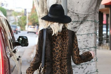 Ashlee Simpson Pregnant Ashlee Simpson & Evan Ross Shopping In West Hollywood
