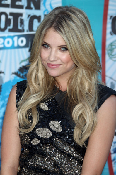 Ashley Benson Photos Photos 2010 Teen Choice Awards