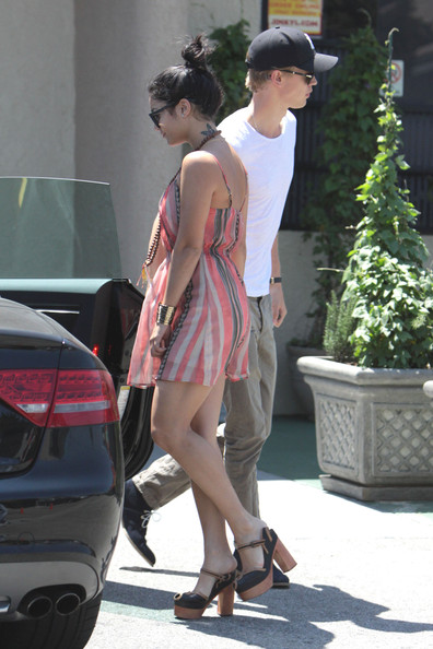 Vanessa Hudgens And Austin Butler Out For Lunch In Studio City
