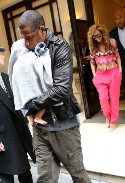 Blue Ivy Carter - Beyonce and Jay-Z Step Out With Blue Ivy