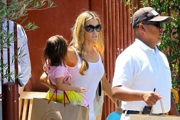 Bob Sheen Denise Richards Spends the Day with Her Kids