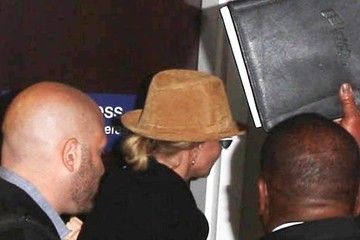 Britney Spears Britney Spears Catches A Flight Out Of LAX