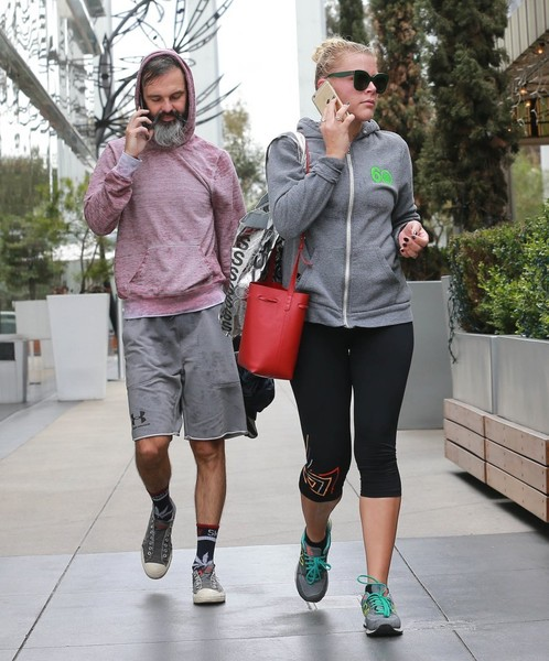 Busy Philipps and Marc Silverstein Photos Photos - Busy ...
