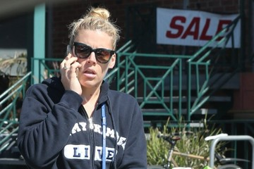 Busy Philipps Busy Philipps Stops by Whole Foods