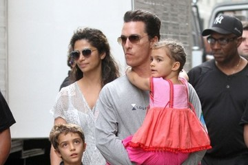 Camila Alves Levi Mcconaughey Matthew McConaughey Films 'The Dark Tower' In NYC