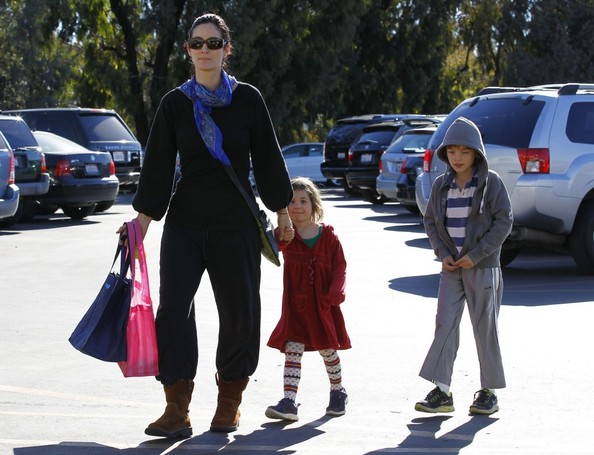 Carrie-Anne Moss Takes Her Kids To The Farmers Market []