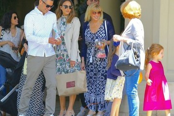 Cash Warren Jessica Alba and Her Family Grab Lunch in LA for Mother's Day