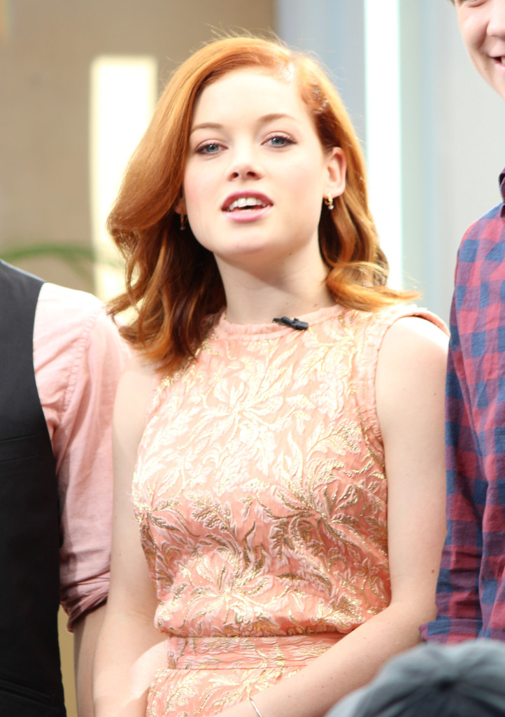 Jane Levy The Cast Of Fun Size Give An Extra Interview