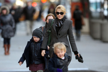 Roman Upton Cate Blanchett & Sons Out On A Cold New York Day