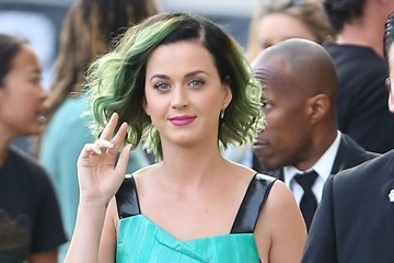 Katy Perry Is Still Rocking Slime Green Locks