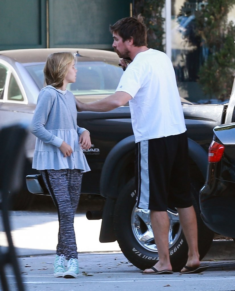 Christian Bale Photos Photos - Christian Bale in Brentwood ...