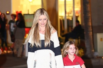 Christina El Moussa Christina El Moussa Grabs Dinner With a Friend in Orange County
