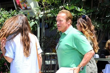 Christina Schwarzenegger Arnold Schwarzenegger Out For Father's Day Brunch