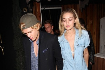 Cody Simpson Celebrities Dine Out At The Nice Guy