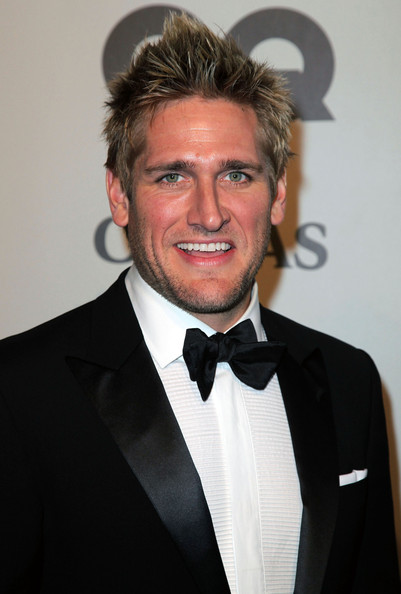 curtis stone wife or girlfriend. curtis stone coles.