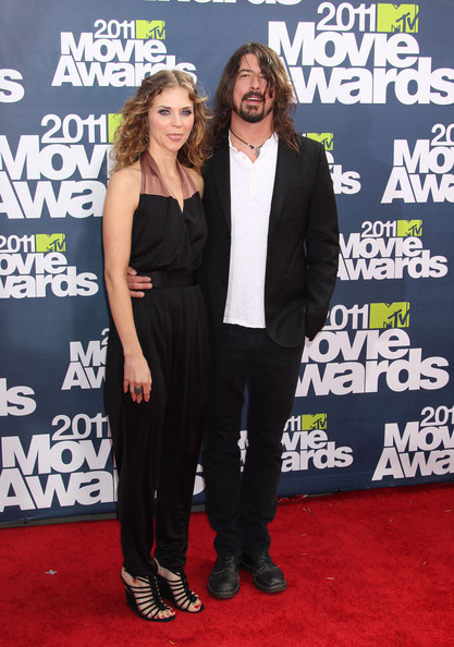 Dave grohl celebrities attend the 2011 mtv movie awards at the gibson