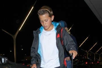 Deacon Phillippe Reese Witherspoon and Son Deacon Land at LAX