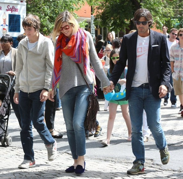 Ignacio Figueras Out with His Family []