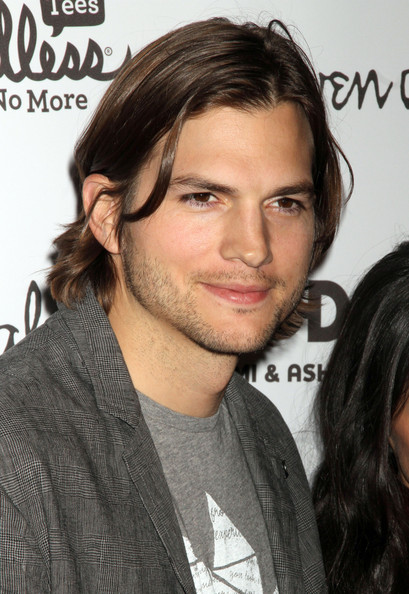 ashton kutcher nose. Demi Moore, Ashton Kutcher and