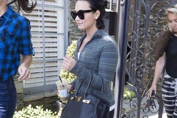 Demi Lovato Demi Lovato Leaves Her Office in West Hollywood