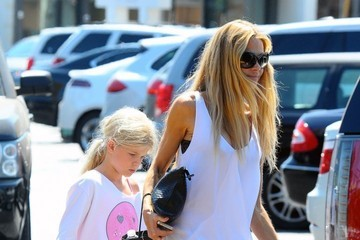 Denise Richards Denise Richards Out with Her Daughters