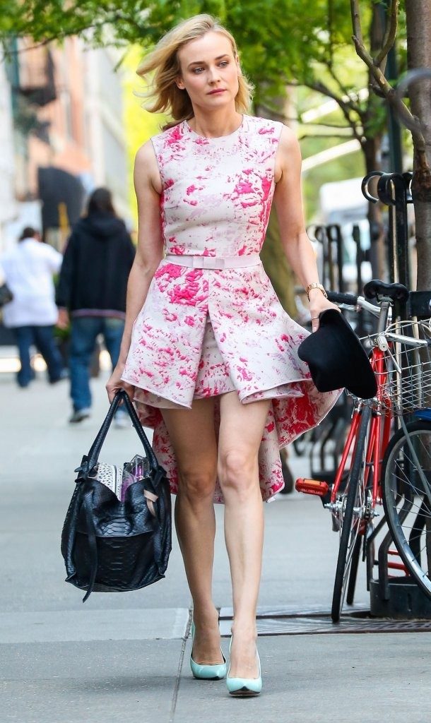 Diane Kruger Is Pretty In Pink!
