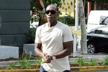 Don Cheadle Don Cheadle Gets Lunch in Brentwood