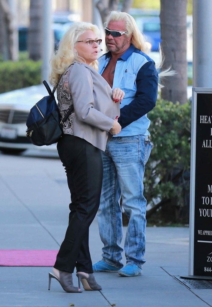 Beth chapman in duane and beth chapman go out for lunch in for How many kids do dog and beth have