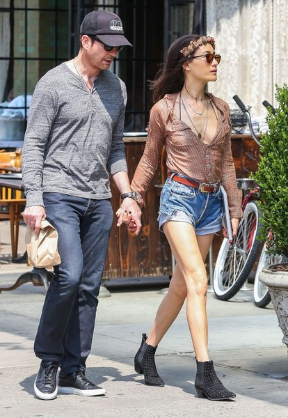 maggie q dating dylan mcdermott Odder