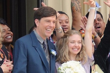 Ed Helms Celebrites On The Set Of 'The Clapper' In LA