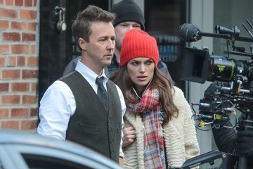 Edward Norton Stars Perform on the Set of 'Collateral Beauty'
