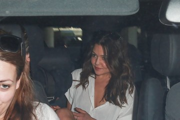 Eleanor Calder Louis Tomlinson Arrives at LAX