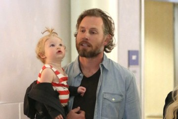Eric Johnson Pregnant Jessica Simpson & Family Arriving On A Flight At LAX